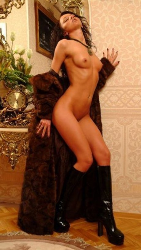 russian brunette escort models